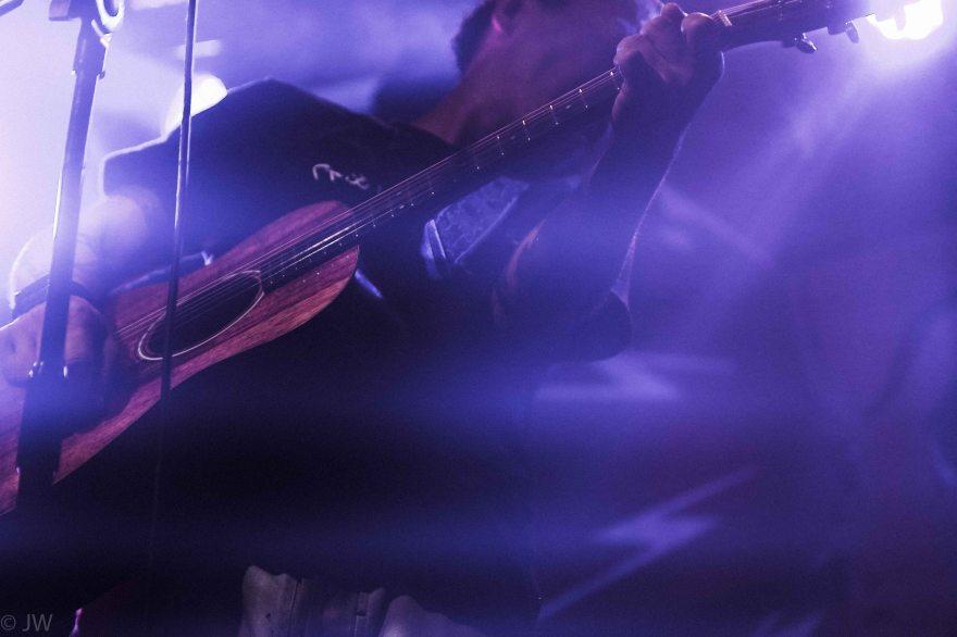 band-1-9